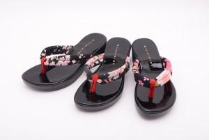 【公式】レディース靴の通販 shop kilakila(キラキラ)本店 日本製(国産)●下駄風和柄サンダル♪